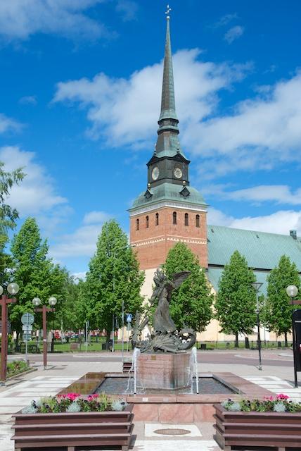 104. Kerk