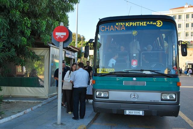 12. Bus