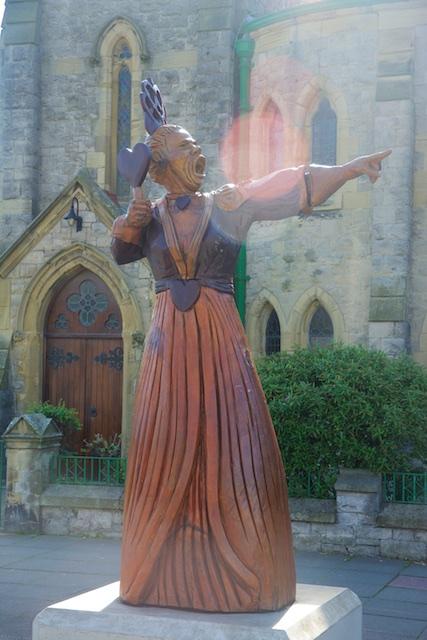 395. Standbeeld