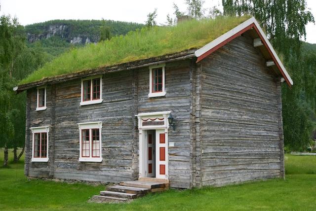 605. Huis