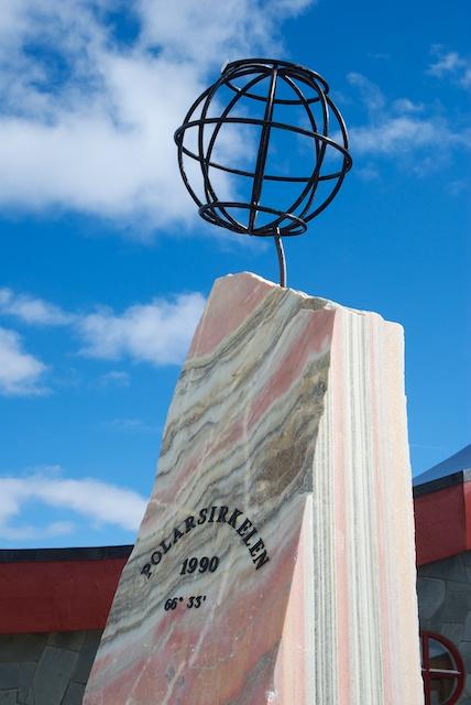 632. Monument