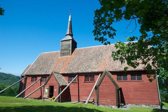 735. Staafkerk