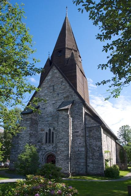 878. Kerk