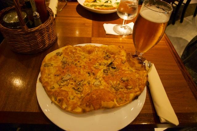 930. Pizza