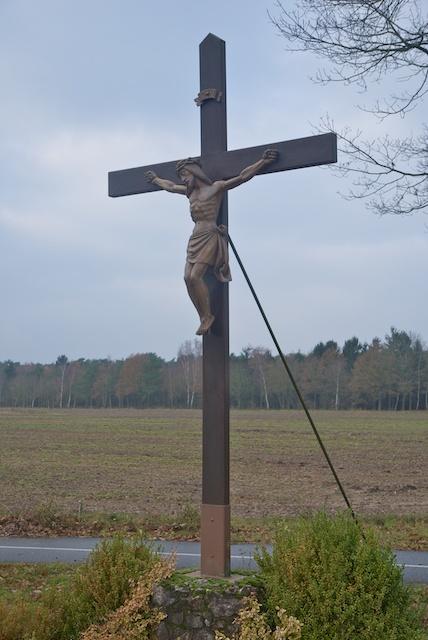13. Kruisbeeld*