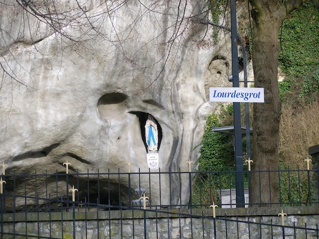 10. Lourdes