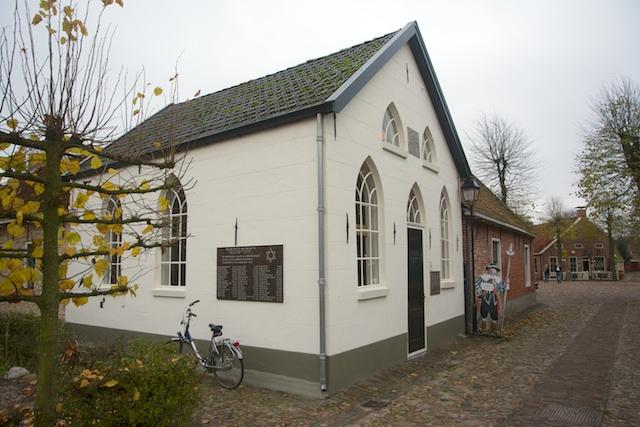 102. Synagoge