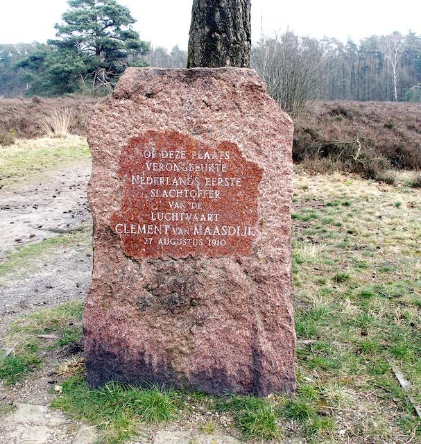 13. Monument