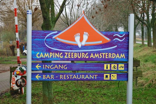 16. Camping