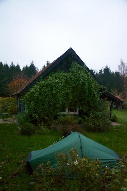 27. Tent