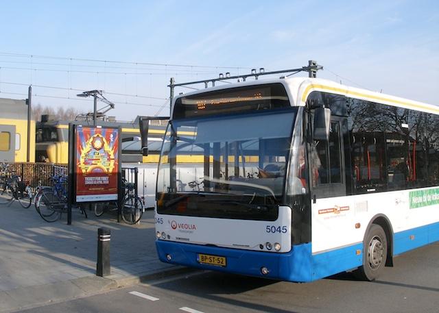 3. Bus